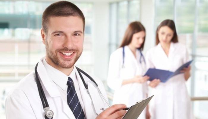 La diferencia entre un Optometrista y un Oftalmólogo