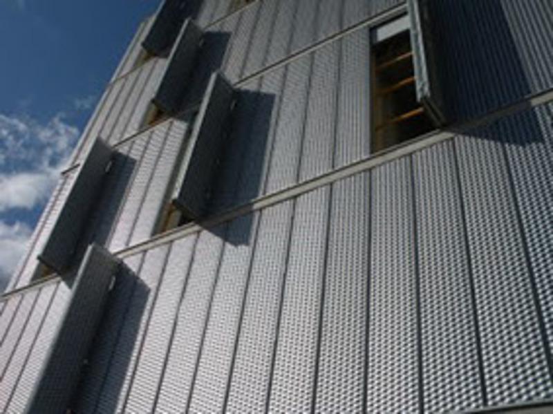 lamina_desplegada_louver_app3 Invercalma_Didelco_DekorAcero_construcción_El Salvador_02001_02 001